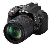 Nikon D5300 AF-S DX NIKKOR 18-105 VR