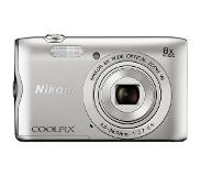 Nikon COOLPIX A300 Zilver + 8GB + case
