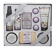 OTTO Body Collection, »Lavender & Sweet Pea Hamper«, lichaamsverzorgingsset (11-delig)