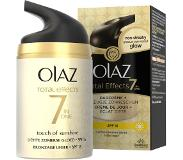 Olaz Total Effects Zelfbruiner SPF12 - 50ml - 7in1 Hydraterende Dagcrème