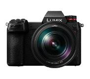 Panasonic Lumix DC-S1R + L 24-105mm