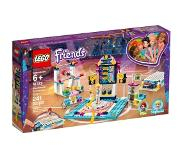 LEGO 41372 LEGO Friends Stephanie's turnshow 41372