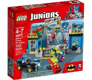 LEGO Juniors 10672 Batman: Lepakkoluolan puolustus