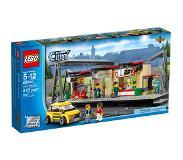 LEGO City 60050 Rautatieasema