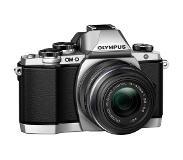 olympus E-M10 + M.Zuiko 14-42mm f3.5-5.6 II R Silver
