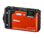 Nikon Coolpix W300 holiday kit Oranje