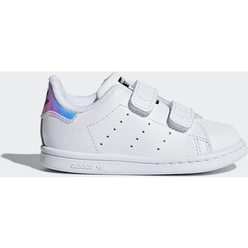 3d06e8d9763 Schattige Adidas babysokjes en babyschoenen