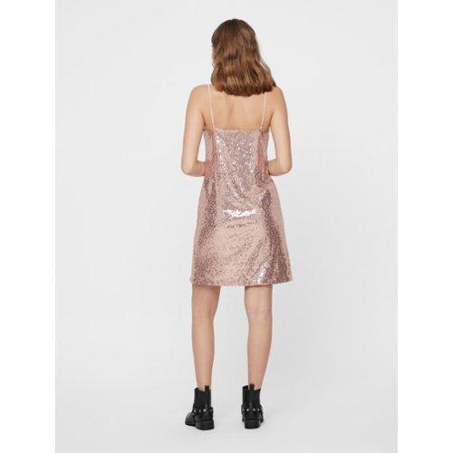 2044e62b998f51 De nieuwste jurken