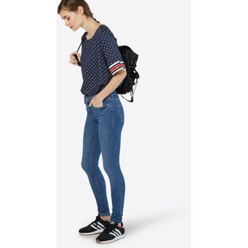 b2b026e7ccebdb Vind de meest trendy jeans | VERGELIJK.NL