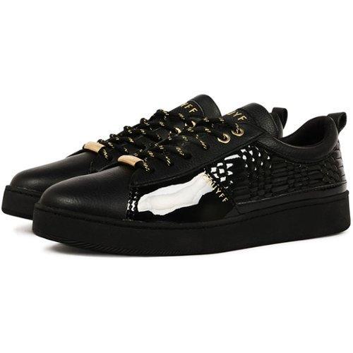 b12c320f959 Vind de meest hippe Dames sneakers | VERGELIJK.NL